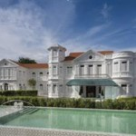 Eight Rooms - Macalister Mansion Exterior