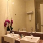 Bathroom Ixora Hotel Penang