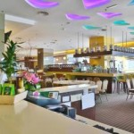 The Strait Cafe & Lounge